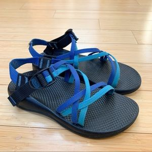 CHACO blue ZX/1 sandals, fits women's 6.